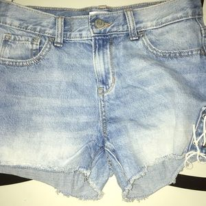 Old Navy - Partial Lace-Up Shorts